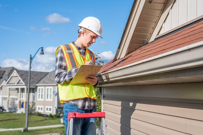 8 Eye-Opening Things Home Inspectors Can't Tell You